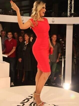 Ellen Rocche e sua ótima forma