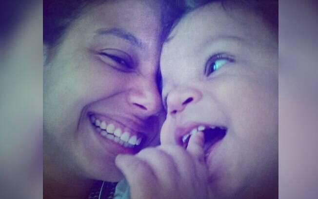 Relato de mãe feito pro Priscila Braz Ribas mostra perspectiva real e não romantizada sobre a maternidade