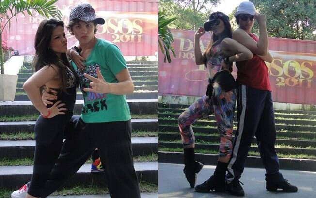 Miguel Roncato e Ana Flávia Simões posam para foto após os ensaios desta semana