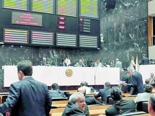 Quórum. A Assembleia tem dificuldade de dar continuidade às sessões pela ausência dos deputados