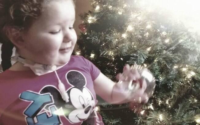 Mesmo após o diagnóstico de síndrome de ROHHAD, médicos não sabem direito como tratar da menina de quatro anos