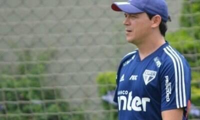 Com Diniz na corda bamba, São Paulo quer vitória na estreia da competição