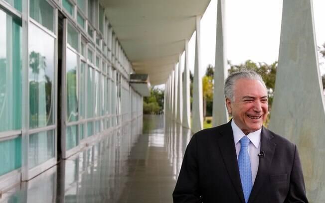 Michel Temer vai precisar de votos favoráveis de dois ministros do STJ para conseguir a sua liberdade