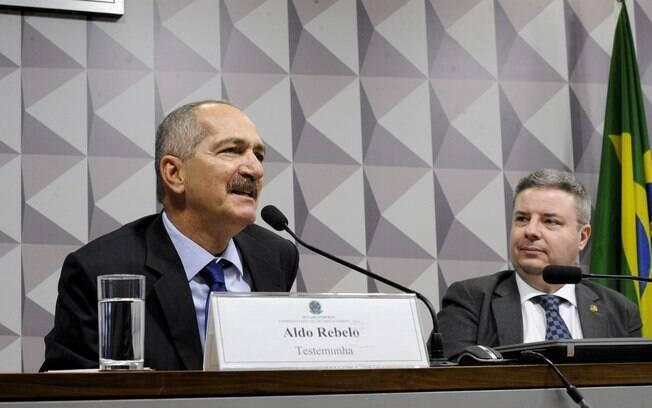 Ex-ministro Aldo Rebelo foi uma das testemunhas na Comissão Especial do Impeachment