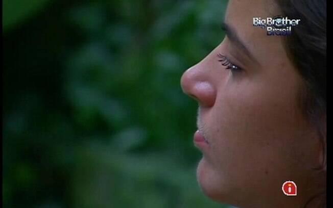 Laisa chora mais um pouco no Quarto Selva
