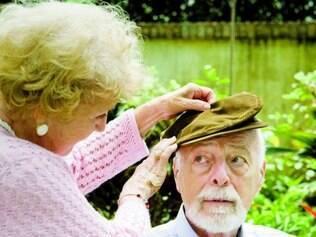 Caso.   Alzheimer ataca o cérebro por mais de uma década antes que sintomas surjam