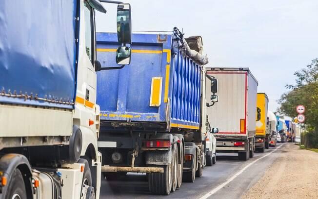 Reação do governo Michel Temer à greve ocorre neste que já é o terceiro dia de paralisação dos caminhoneiros