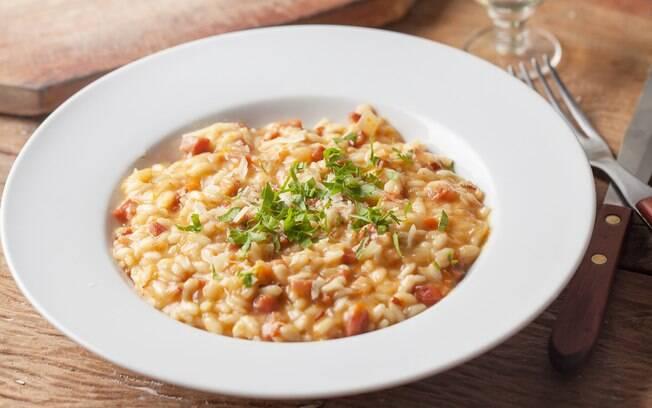 Aprenda 5 receitas de risoto e algumas dicas para facilitar a sua vida na hora de cozinhar o prato