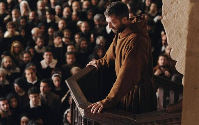 O Monge  discute crenças e maldições com bizarrices - Cinema - iG 3b85e6a0df