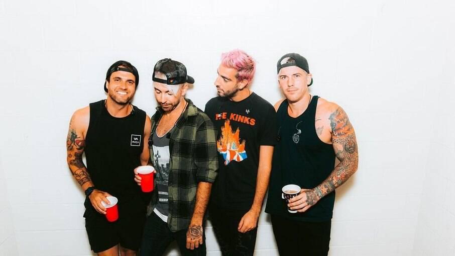 Banda All Time Low reunida