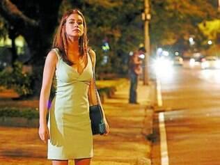 Sempre elegante, Maria Ísis adora usar vestidos e terninhos para trabalhar no Vicente