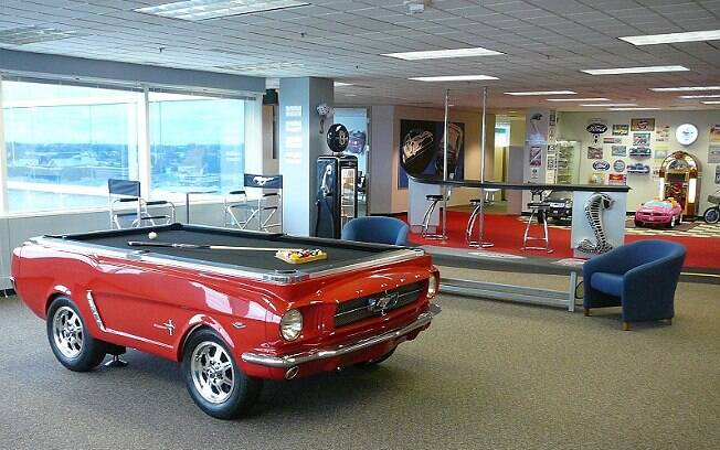 Ford Transforma Mustang De 1965 Em Mesa De Sinuca Auto Ig