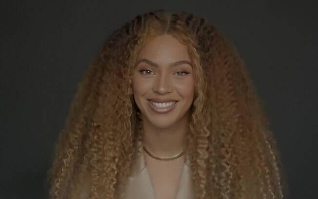 Beyoncé faz discurso emocionante