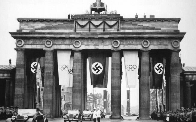 As Olimpíadas de 1936 e as suásticas. Foto: Getty Images