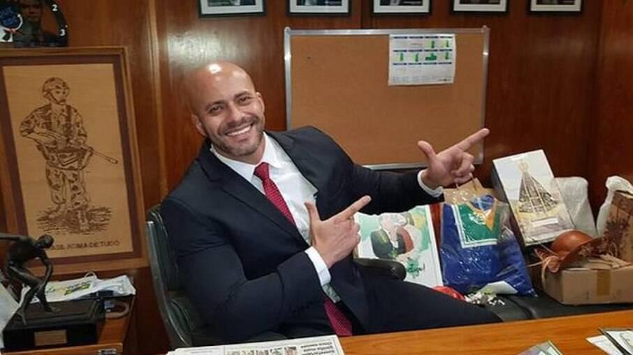 Procuradoria Geral da União insiste que Daniel Silveira seja solto com uso de tornozeleira eletrônica