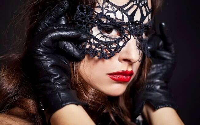 Festa do sexo acontece em Londres em um ambiente luxuoso e com convidados rigorosamente selecionados