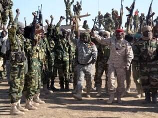 Duzentos islamitas do grupo Boko Haram e nove soldados chadianos morreram na terça-feira (3) na Nigéria