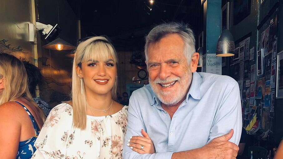 Zé de Abreu e Carolynne Junger