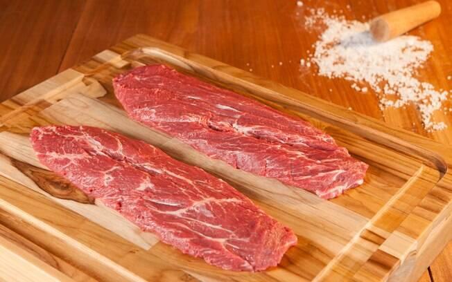 O flat iron é um corte mais simples, mas pode ficar saboroso
