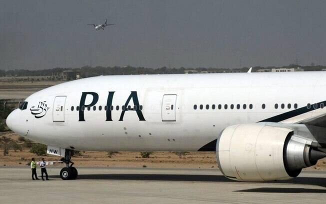 Avião da Pakistan International Airlines (PIA), que deveria partir de Manchester, no Reino Unido, a Islamabad, Paquistão