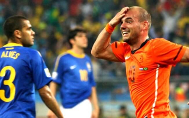 Sneijder foi o carrasco da seleção brasileira na Copa do Mundo de 2010