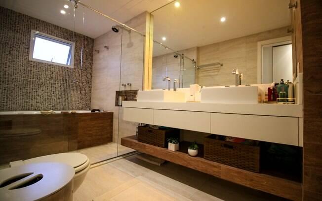 Além de espelho decorativo ele pode ser funcional e ampliar o espaço