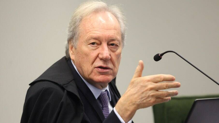 Decisão de lewandowski manteve quebra de sigilo de Pazuello, Mayra e Araújo