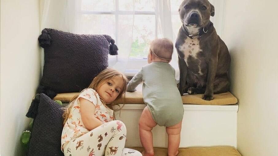 Simon e suas irmãs