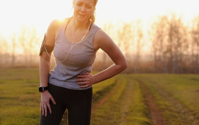 Quem pratica corrida está sujeito a encarar alguns problemas - como bolhas nos pés, dores e até ficar sem as unhas