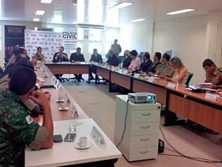 Reunião. Participaram do anúncio o secretário Rômulo Ferraz e o comandante da PM, Márcio Sant'Ana