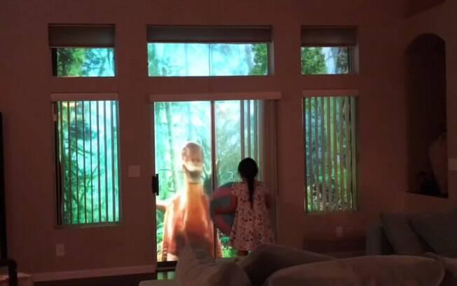 Lyle Coram decidiu fazer a surpresa para filha e transformar a sala da casa deles em um verdadeiro parque dos dinossauros