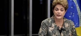 """Dilma """"morre de pé"""", mas faz discurso irrealista sobre os seus erros; leia a análise"""