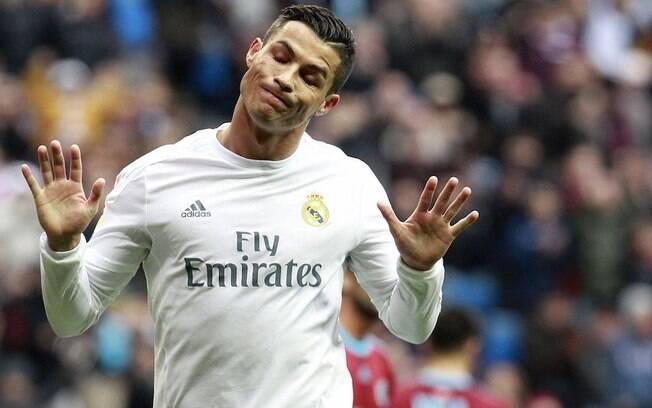 Cristiano Ronaldo admitiu crimes fiscais cometidos em sua época de Real Madrid