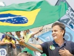 Histórico.Aécio Neves faz questão de evocar seus dois mandatos como governador de Minas Gerais para ressaltar aspectos positivos de sua gestão e atacar as ações dos 12 anos de governo federal comandado pelo PT