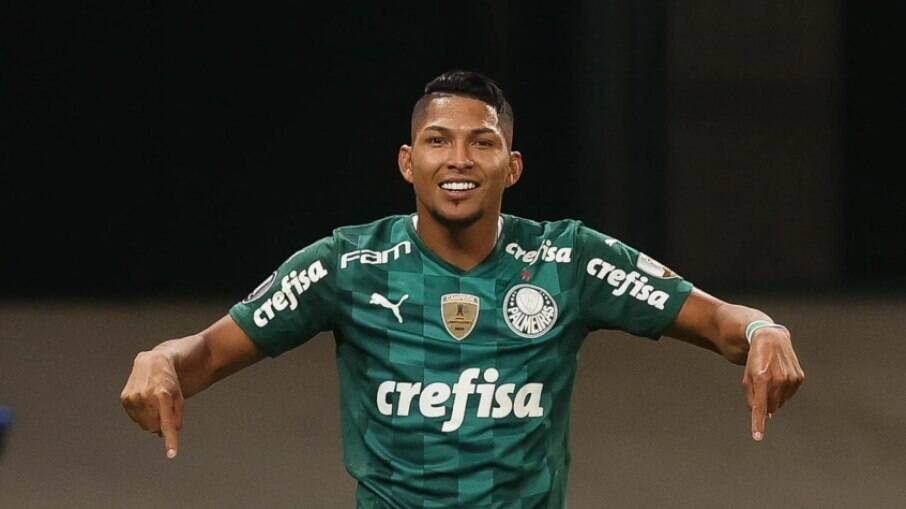 Rony segue em negociações para renovar com o Palmeiras