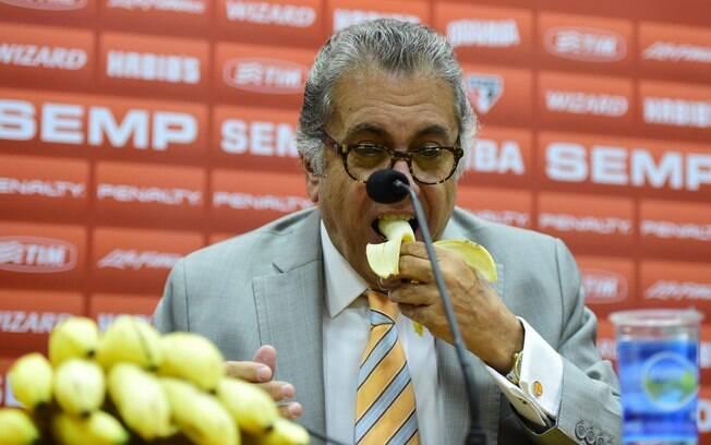 Carlos Miguel Aidar, presidente do São Paulo, durante entrevista coletiva no Morumbi