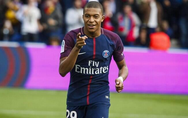 Kylian Mbappé foi eleito o jogador mais querido do PSG pela torcida