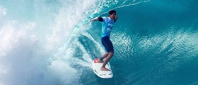 Gabriel Medina ganha o primeiro Mundial de Surfe para o Brasil