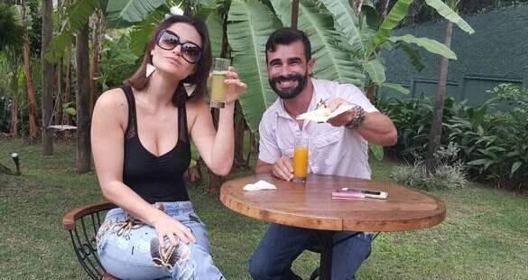 Laura Keller e Jorge Sousa provam buffet para seu segundo casamento