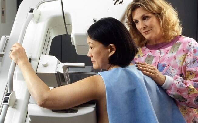 Mamografia é importante para detectar câncer em estágio inicial