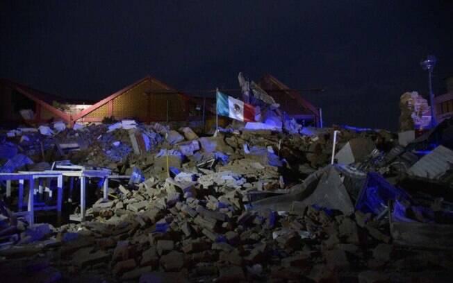 Terremoto atingiu o México no dia 8 de setembro deixou 100 mortos; e novos tremores assombram população nesta terça