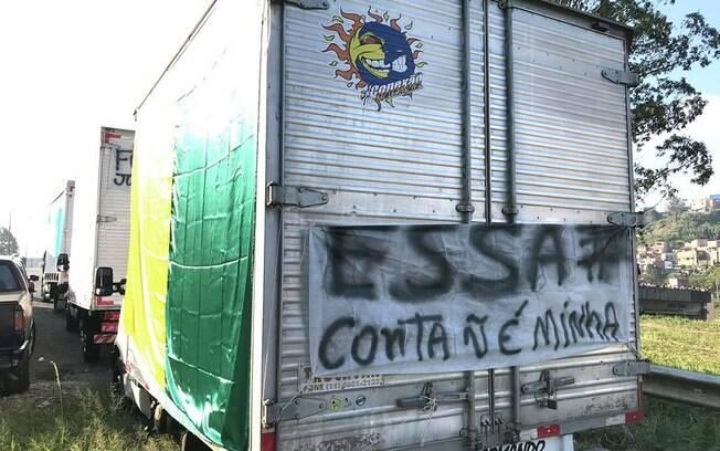 Greve dos caminhoneiros escancarou insatisfação dos caminhoneiros e a dependência do Brasil do transporte rodoviário