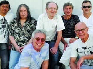 """Com sete músicos no palco, a turnê """"Encontro Marcado"""" dará brilho novo a canções memoráveis da MPB"""