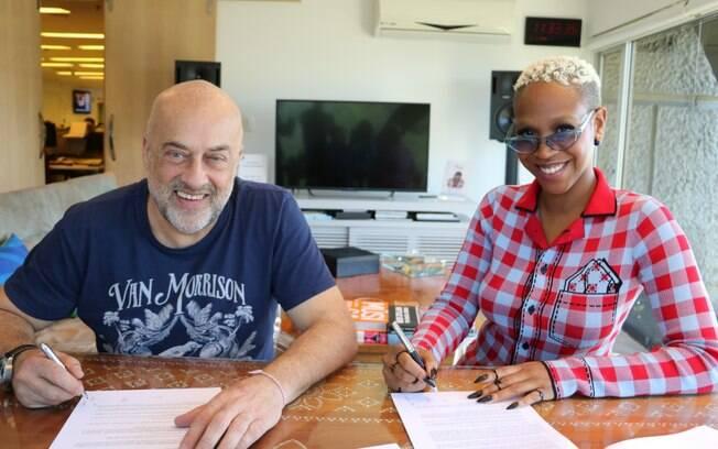 Carol Conka assinou com a Sony Music