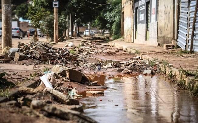 Estragos causados pelas fortes chuvas que atingem a cidade de Belo Horizonte