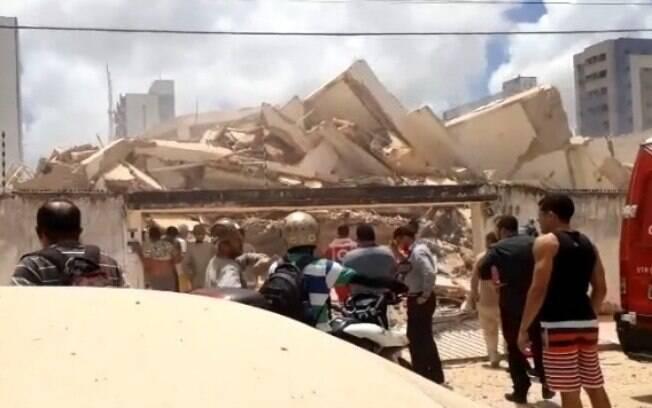 Prédio desaba Fortaleza