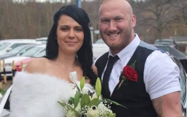Estelle e Daniel Harris no dia do casamento deles