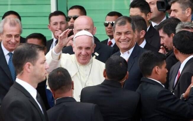 Em sua primeira visita à região, o papa passou apenas pelo Brasil, em 2013. Foto: Carlos Silva/Presidencia de la República