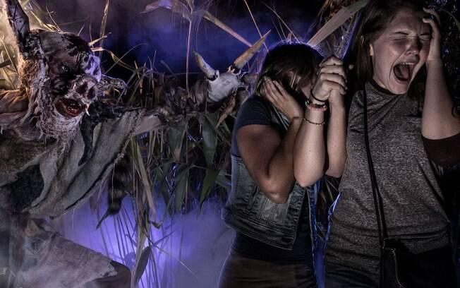 A Universal Orlando já divulgou dois pacotes diferentes de ingressos para os turistas interessados nas Horror Nights
