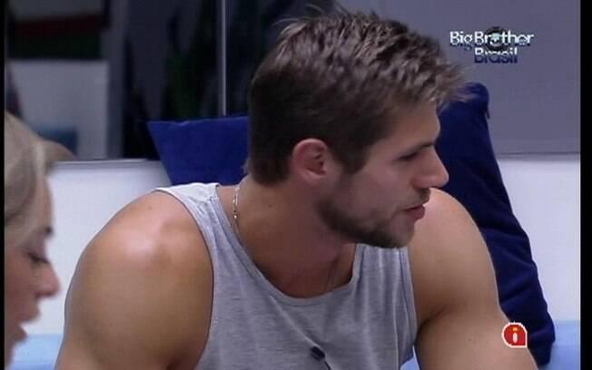 Jonas concorda com João Carvalho e diz que a ex-BBB Maria tem cara de safada